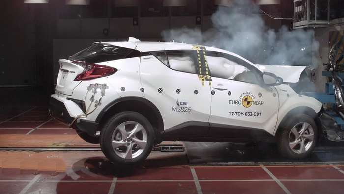 Toyota Crash Resize