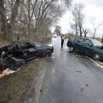 Két Autó ütközött össze Páty Határában