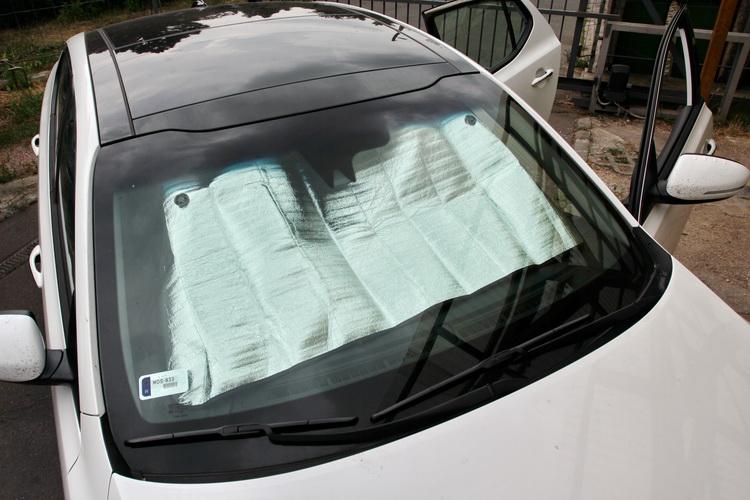 Arnyekolas Autoban 4