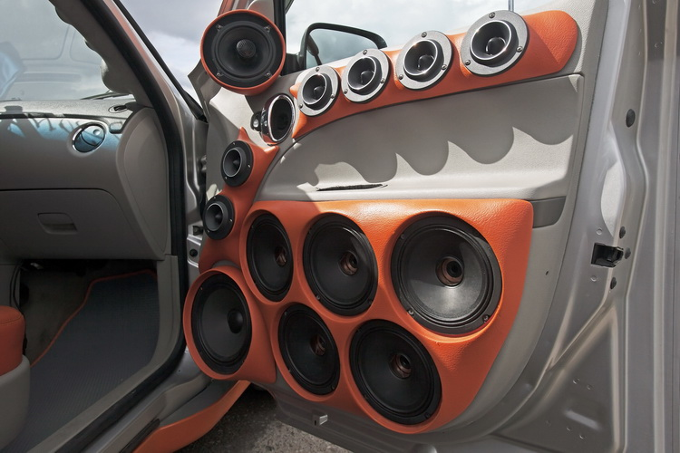 Car Door With A Large Number Of Speakers