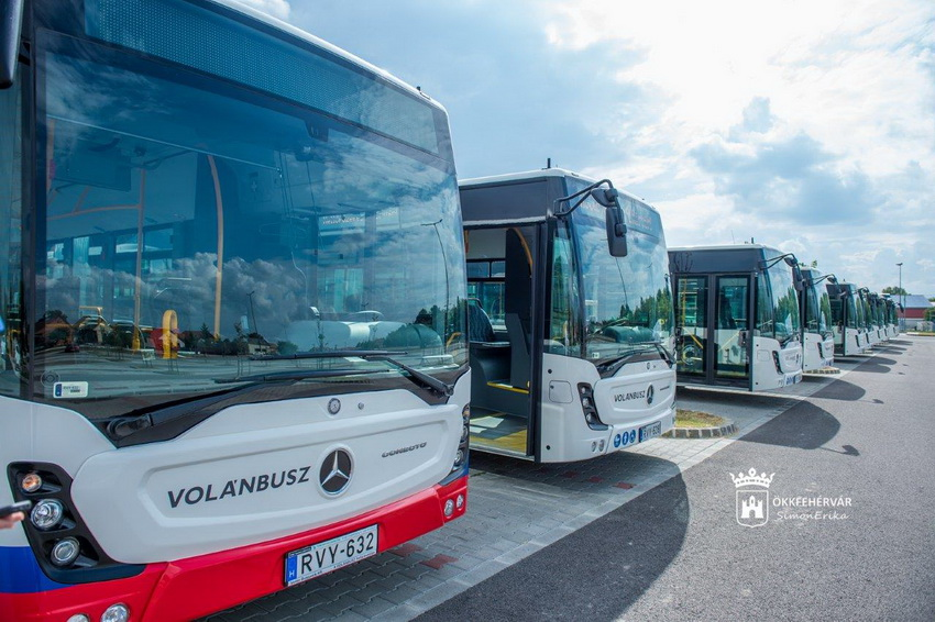 Szfehervar Mercedes Connecto Resize