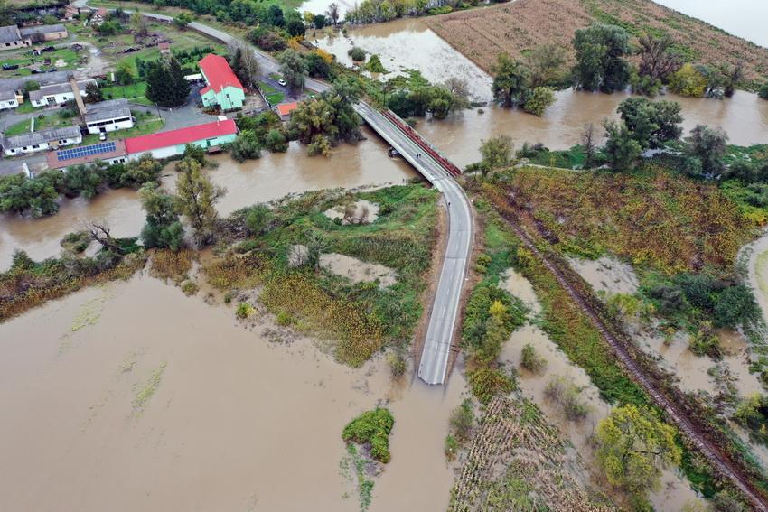 Több Utat Is Lezártak Az Esőzés Utáni áradás Miatt Borsod