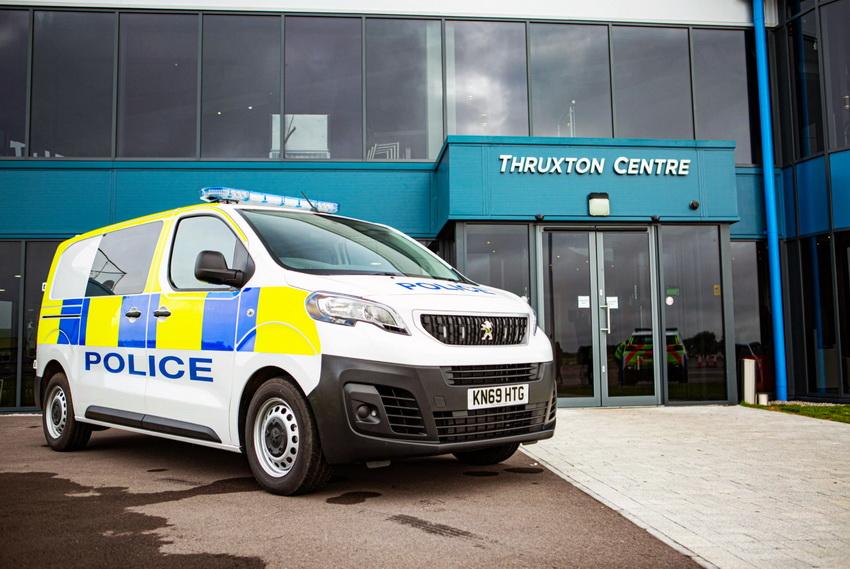 Peugeot Police4 Resize
