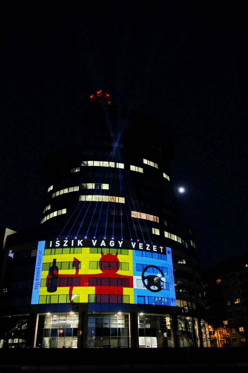 Koszonom Kampany Fenyfestes 13