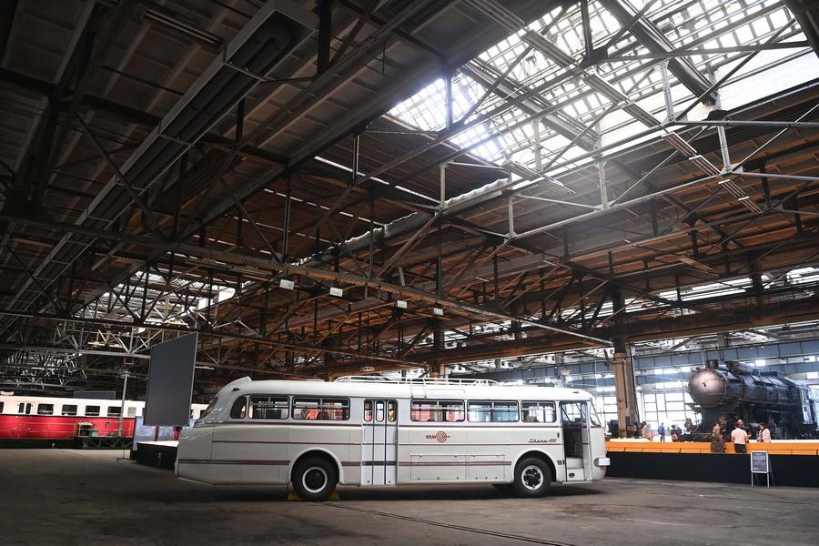 Bemutatták A Közlekedési Múzeum Restaurált Ikarus 66 Os Aut